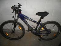 Mountain bike - specialiced hardrock